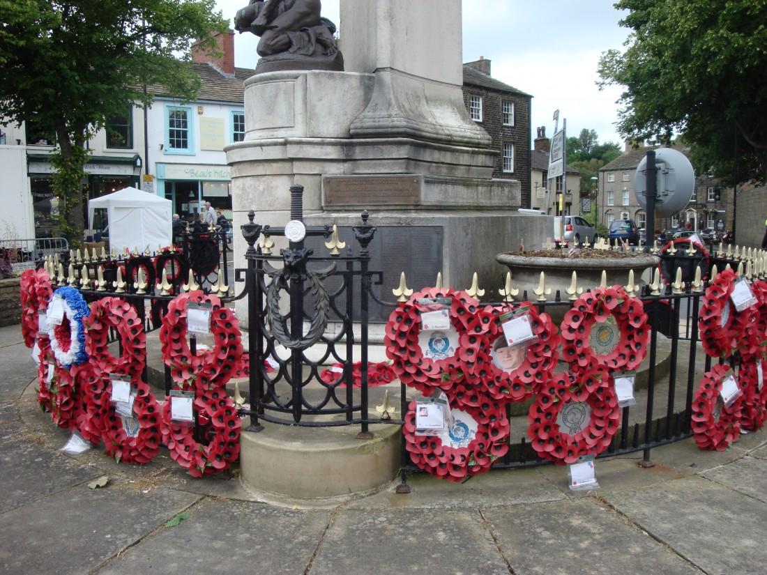 Skipton-remembrance poppies