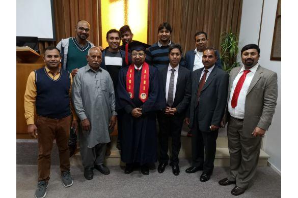 Graduation Gal Syl