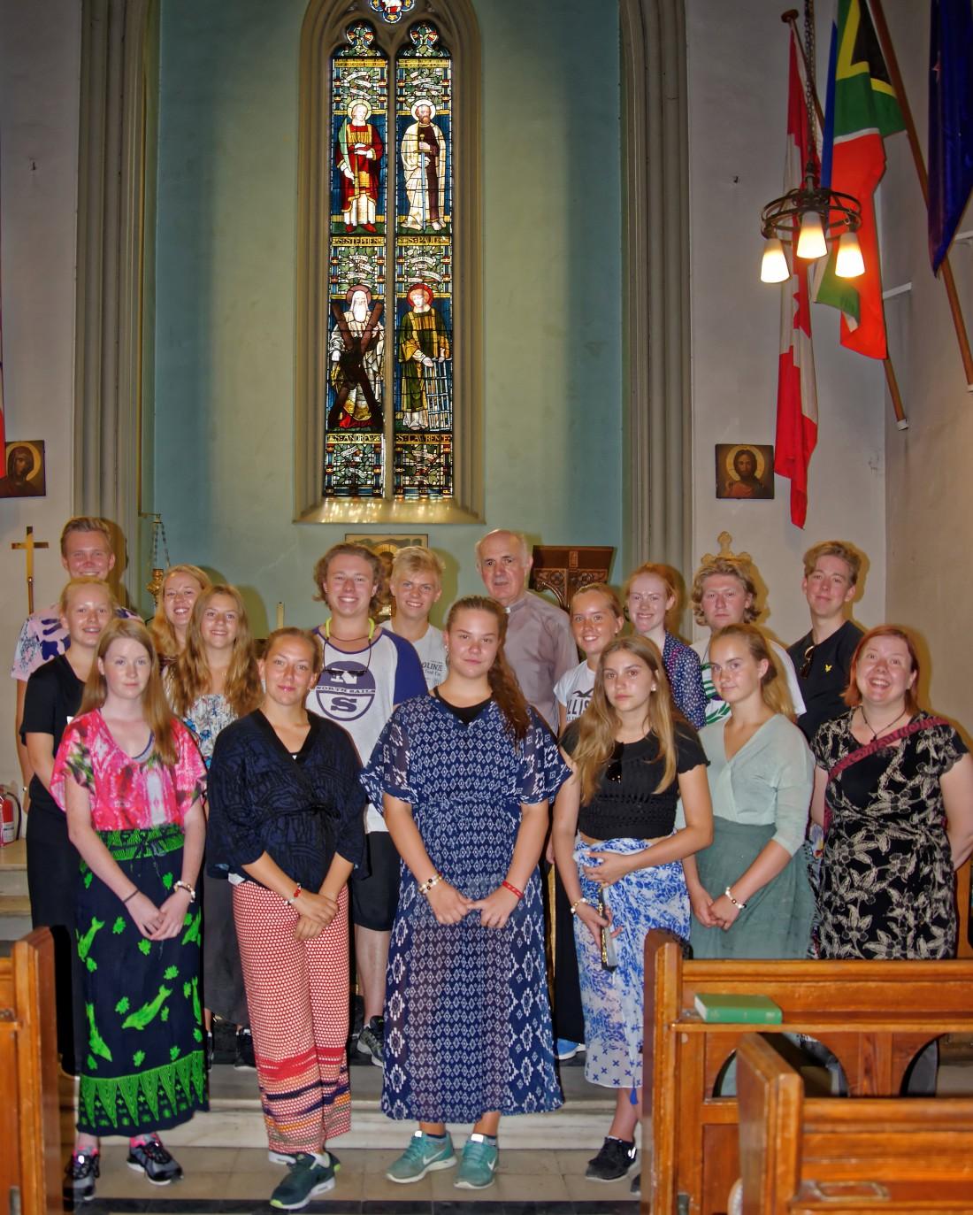 Visiting Scandinavians at St. Paul's (group)