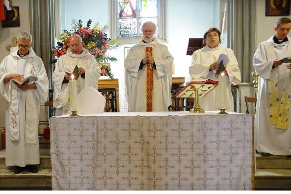 Bish  altar. gal jpg